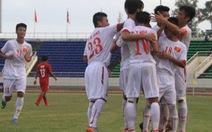 Thắng đậm Brunei 5-0, U-19 VN vươn lên dẫn đầu bảng