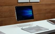"""Cận cảnh """"bí mật"""" bên trong của Microsoft Surface Book"""