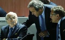 Blatter, Platini và Valcke bị đình chỉ công tác 90 ngày