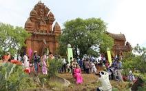 Tưng bừng lễ hội Katê Chăm Ninh Thuận