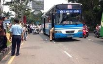Xe buýt cán chết người trên đường Trần Quốc Hoàn