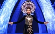 Thanh Hằng mặc áo dài dát vàng 1,2 tỉ đêm bế mạcVIFW 2015