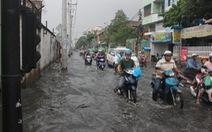 TP.HCM lại cấm xe vì đào 19 tuyến đường chống ngập