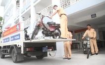 """Đà Nẵng xử lý """"xe mù"""""""
