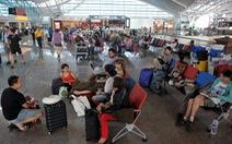 Indonesia kéo dài thời gian đóng cửa sân bay vì núi lửa