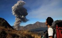 Núi lửa phun,Indonesia đóng cửasân bay Bali