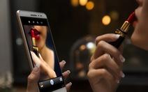 Ra mắt smartphone lai tablet LenovoPHAB Plus
