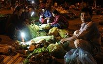 Chợ phiên rau sạch, không nói thách của nông dân nghèo