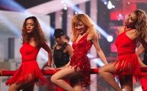 """Hari Won hát rap, Trang Pháp múa cột trong """"Hoán đổi"""""""