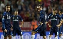 Thua Sevilla, Real Madrid mất ngôi đầu vào tay Barcelona