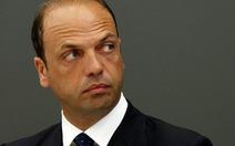 Cảnh sát Italy bắt khủng bố trà trộn bằng thuyền nhập cư