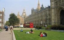 Các trường đại học Anh trước thách thức nâng cao chất lượng