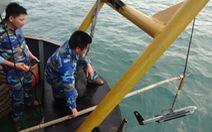 """Những người đo đáy Biển Đông - Kỳ 2:Thả """"cá mập"""" điện tử..."""