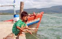 Câu cá ở Hàm Ninh