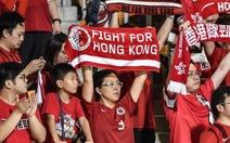 CĐV Hong Kong và Trung Quốc phải sử dụng toilet riêng!