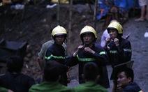 Khối đá lớn chắn đường hầm nơi 2 công nhân mắc kẹt
