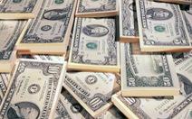 Giá USD tăng vọt, giá vàng lại giảm