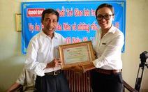 Tuổi Trẻ trao giải bạn đồng hành cho ông Nguyễn Thận