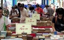 10 tấn sáchra chợ phiên sách cũ