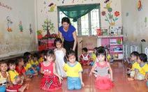 Đắk Lắk: Lớp mầm non 15 năm học ké hội trường thôn