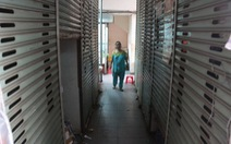 Tiểu thương chê, hai khu chợ Vĩnh Lộc vắng như chùa Bà Đanh
