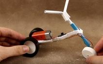 Video: Tự chế xe đồ chơi cho trẻ