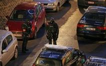 Cảnh sát Brussels bắt giữ một nghi phạm khủng bố Paris