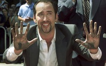 Nicolas Cage trả lại sọ khủng long hóa thạch cho chính phủ Mỹ