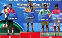 Linh Giang lại tạo hình ảnh không đẹp trên sân quần vợt