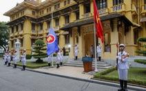 Lễ thượng cờ chào mừng cộng đồng ASEAN ra đời