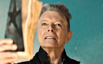 Xem clip Blackstar trình diễn bởi huyền thoại David Bowie