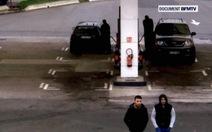 Nghi can tấn công Paris bị ghi hình tại cây xăng Pháp