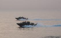 Iran bắt giữ tàu hải quân Mỹ