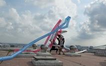 Tác phẩm Rồng rắn lêncủa Việt Nam tại Art Stage Singapore