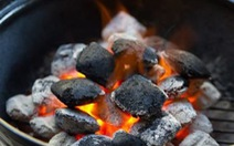 Sai lầm khi sưởi bằng lò than trong phòng kín