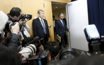 Bộ trưởng Chính sách Kinh tế và Tài chính Nhật từ chức