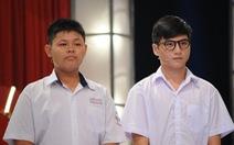 Clip 2 học sinh nhận 150 triệu đồng tại Thách thức danh hài