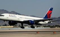Hai tiếp viên đánh nhau, máy bay Delta phải hạ cánh
