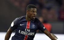 Aurier bị PSG cấm thi đấu vì lăng mạ HLV Blanc