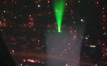 Anh cảnh báo nguy cơ tia laser với an toàn bay