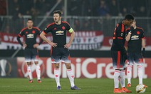 """HLV Van Gaal: """"Manchester United đáng bị la ó"""""""