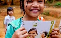 Chụp ảnh chân dung tặng trẻ vùng cao