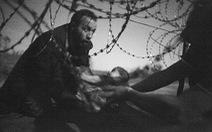 Ảnh về người nhập cư đoạt giải Ảnh báo chí thế giới 2015