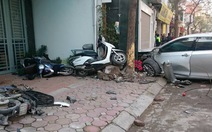 Xe Camry gây tai nạn làm 3 người chết