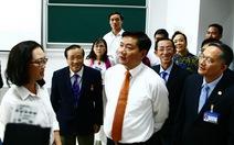 Học viện cán bộ nên mời các doanh nhân giỏi đến dạy