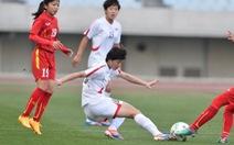 Tuyển nữ VN thua Triều Tiên ở phút 90