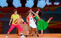 Bước nhảy hoàn vũ: đêm thi nhiều hài hước