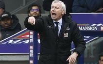 """""""Chúng tôi bị cướp điểm trước Liverpool"""""""