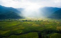 Bức tranh đồng quê Bắc Trung Nam đẹp hơn tranh vẽ