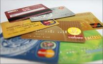 Dùng thẻ giả mua giỏ xách hàng hiệu hơn 200 triệu đồng